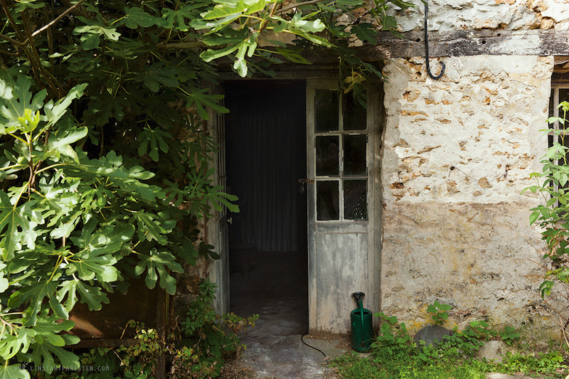 La maison du pastel - La maison du sourcil ...